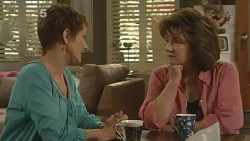 Susan Kennedy, Lyn Scully in Neighbours Episode 6162