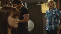 Summer Hoyland, Andrew Robinson in Neighbours Episode 6162