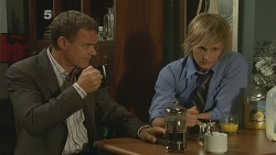 Paul Robinson, Andrew Robinson in Neighbours Episode 6163