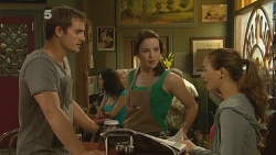 Kyle Canning, Kate Ramsay, Jade Mitchell in Neighbours Episode 6163