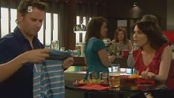 Lucas Fitzgerald, Libby Kennedy in Neighbours Episode 6163