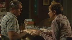 Karl Kennedy, Susan Kennedy in Neighbours Episode 6164