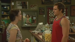 Kate Ramsay, Kyle Canning in Neighbours Episode 6165