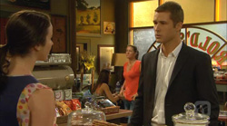 Kate Ramsay, Mark Brennan in Neighbours Episode 6167