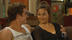 Kyle Canning, Jade Mitchell in Neighbours Episode 6167