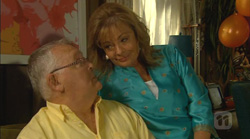 Harold Bishop, Carolyn Johnston in Neighbours Episode 6168