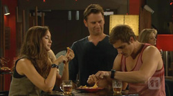 Jade Mitchell, Lucas Fitzgerald, Kyle Canning in Neighbours Episode 6169