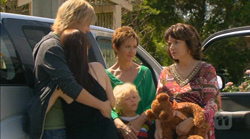 Andrew Robinson, Summer Hoyland, Charlie Hoyland, Susan Kennedy, Lyn Scully in Neighbours Episode 6169