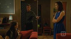Sophie Ramsay, Paul Robinson, Kate Ramsay in Neighbours Episode 6170