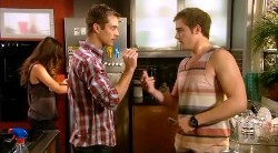 Jade Mitchell, Mark Brennan, Kyle Canning in Neighbours Episode 6172