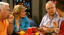 Lou Carpenter, Carolyn Johnston, Harold Bishop, Toadie Rebecchi in Neighbours Episode 6172