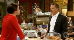 Kate Ramsay, Paul Robinson in Neighbours Episode 6175