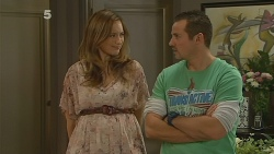 Sonya Mitchell, Toadie Rebecchi in Neighbours Episode 6176