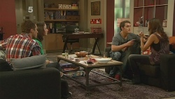 Mark Brennan, Kyle Canning, Jade Mitchell in Neighbours Episode 6176