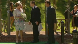 Carolyn Johnston, Toadie Rebecchi, Lucas Fitzgerald in Neighbours Episode 6176