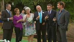 Karl Kennedy, Susan Kennedy, Carolyn Johnston, Harold Bishop, Toadie Rebecchi, Lucas Fitzgerald in Neighbours Episode 6176