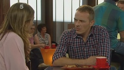 Sonya Mitchell, Captain Troy Miller in Neighbours Episode 6177