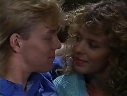 Scott Robinson, Charlene Robinson in Neighbours Episode 0582