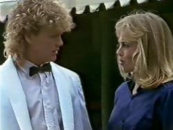 Henry Ramsay, Jane Harris in Neighbours Episode 0582