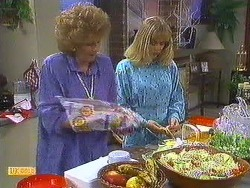 Madge Ramsay, Jane Harris in Neighbours Episode 0585