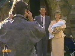 Mike Young, Des Clarke, Daphne Clarke, Jamie Clarke in Neighbours Episode 0585