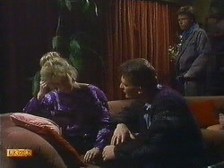 Daphne Clarke, Des Clarke, Mike Young in Neighbours Episode 0587