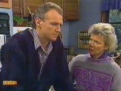 Jim Robinson, Helen Daniels in Neighbours Episode 0587