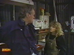 Jim Robinson, Charlene Mitchell in Neighbours Episode 0589