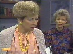Eileen Clarke, Helen Daniels in Neighbours Episode 0589