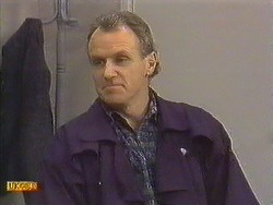 Jim Robinson in Neighbours Episode 0589