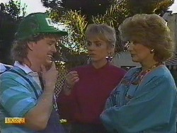 Henry Ramsay, Jane Harris, Madge Bishop in Neighbours Episode 0589