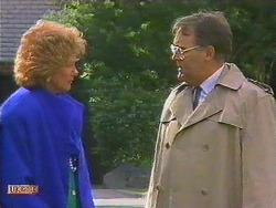 Madge Bishop, Harold Bishop in Neighbours Episode 0591