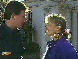 Des Clarke, Daphne Clarke in Neighbours Episode 0595