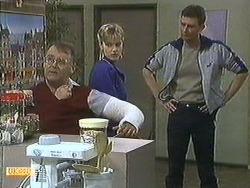 Harold Bishop, Daphne Clarke, Des Clarke in Neighbours Episode 0595