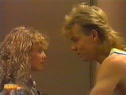 Charlene Mitchell, Scott Robinson in Neighbours Episode 0604