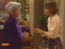 Helen Daniels, Beverly Marshall in Neighbours Episode 0604