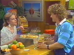 Sally Wells, Henry Ramsay in Neighbours Episode 0605