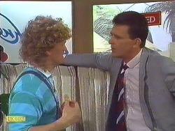 Henry Ramsay, Des Clarke in Neighbours Episode 0605