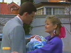 Des Clarke, Jamie Clarke, Daphne Clarke in Neighbours Episode 0605