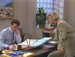 Paul Robinson, Helen Daniels in Neighbours Episode 0605