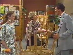Sally Wells, Eileen Clarke, Des Clarke in Neighbours Episode 0606