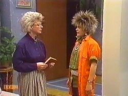 Helen Daniels, Lucy Robinson in Neighbours Episode 0606