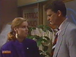 Sally Wells, Des Clarke in Neighbours Episode 0606
