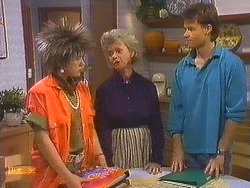 Lucy Robinson, Helen Daniels, Mike Young in Neighbours Episode 0606