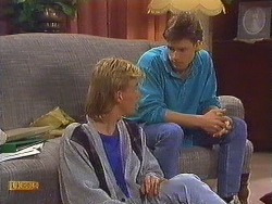 Scott Robinson, Mike Young in Neighbours Episode 0606