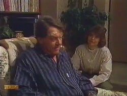 Stephen Armstrong, Beverly Marshall in Neighbours Episode 0606