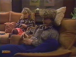 Charlene Mitchell, Henry Ramsay in Neighbours Episode 0607