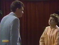 Des Clarke, Eileen Clarke in Neighbours Episode 0607