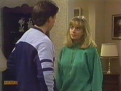 Mike Young, Jane Harris in Neighbours Episode 0607