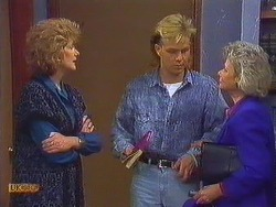 Madge Bishop, Scott Robinson, Helen Daniels in Neighbours Episode 0608